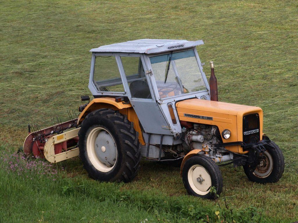 Internetowy sklep rolniczy - jak kupować części rolnicze w sieci?
